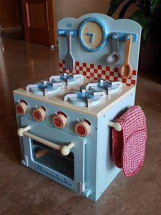 Cocinita de madera juguete