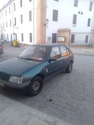 Peugeot 205 mito