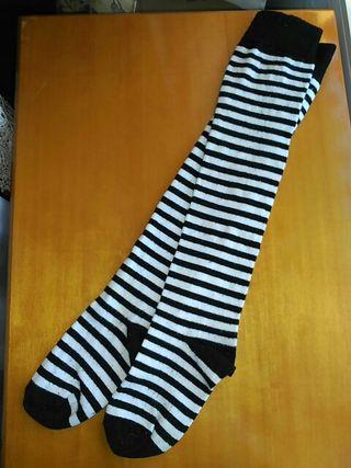Calcetines altos hasta las rodillas con rayas