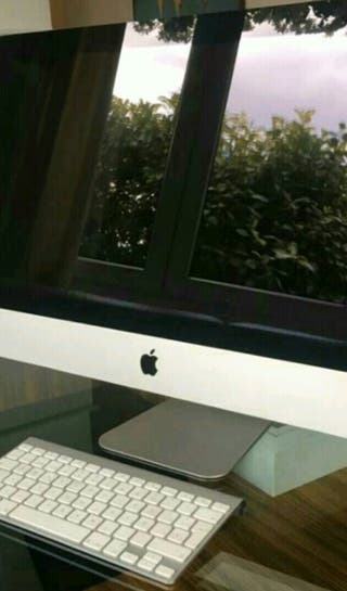 Ordenador Apple iMac 21.5 pulgadas 500GB