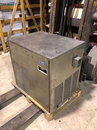 Maquina de hielo en escamas