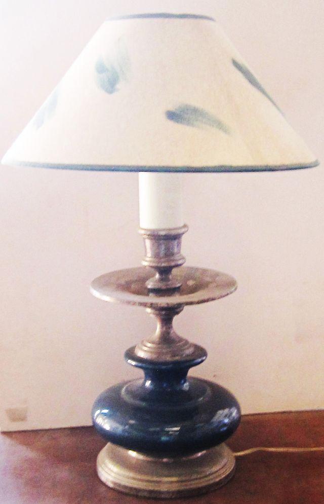 Lámpara de cerámica y metal plateado