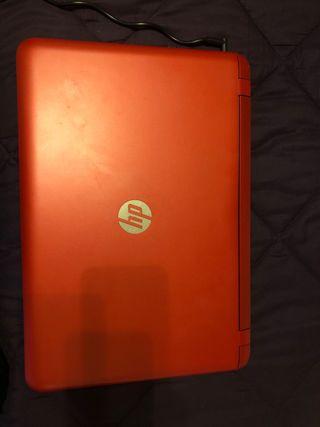 Ordenador portátil, sin apenas uso