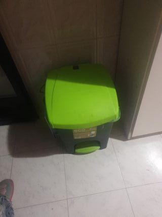 cubo de basura mercadona
