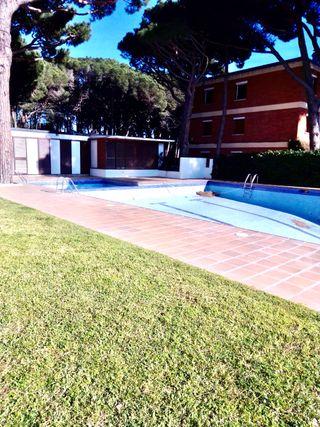 Planta Baja con terraza,piscina y parking
