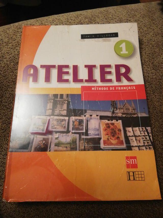 Libro Atelier A1 francés