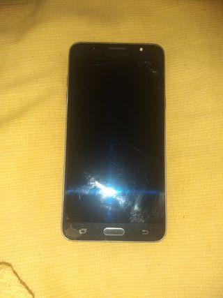 Samsung Galaxy j7 16 g internos