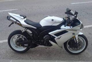 Yamaha Yzf - R1