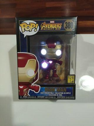Funko pop con luz Iron Man lights up 380 Avengers