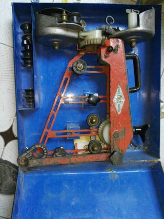 Maquina italiana de coser cable aéreo