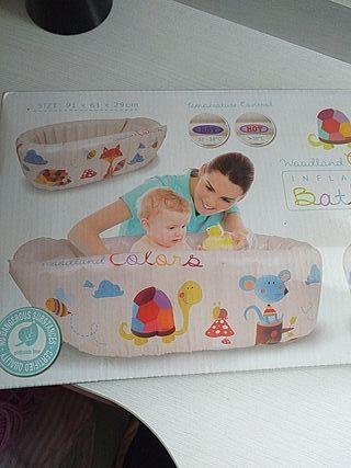 bañera de viaje de bebé