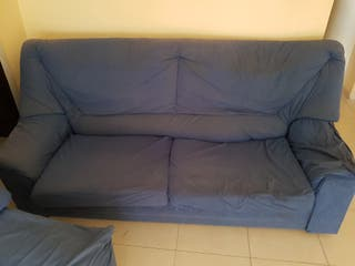 sofá en buen estado de tela