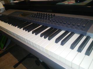 Teclado Controlador midi M-Audio Keystation Pro 88