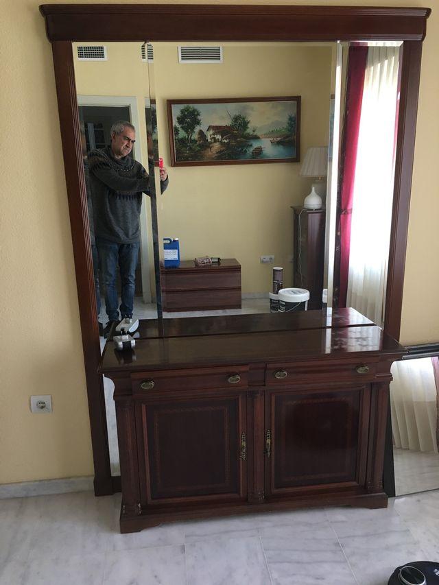Mueble de entrada en perfecto estado