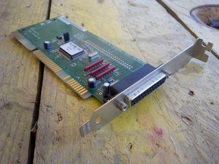 tarjeta controladora SCSI