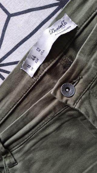 Pantalón elástico