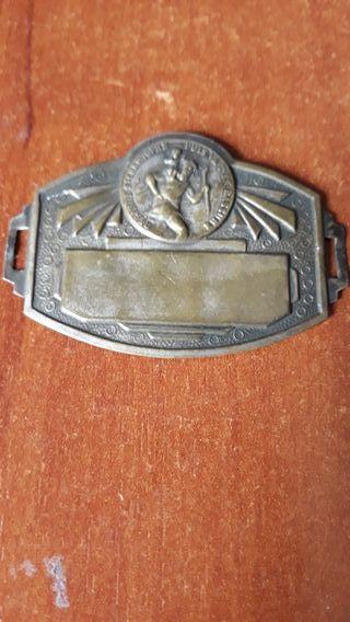 Chapa antigua de Sant Cristobal para moto Vespa