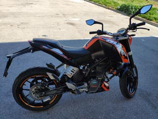 KTM Duke 125 ABS 8600Km
