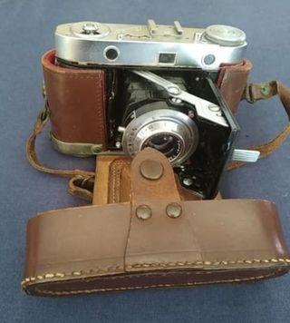 cámara de fotos retractil marca Balda