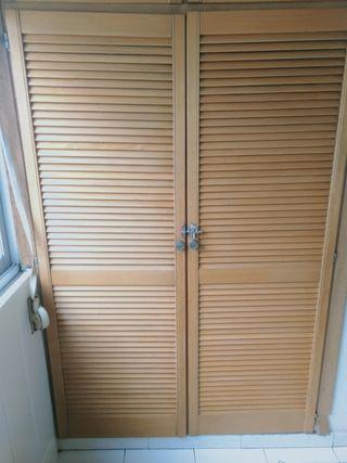 Puertas de armario pino