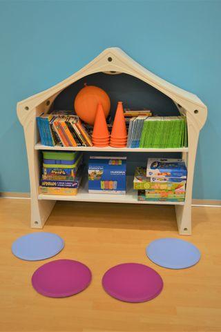 mueble de almacenaje para niños