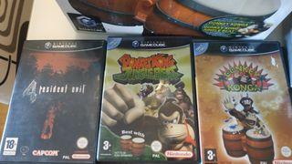 Gamecube con tres juegos y Dk bongos