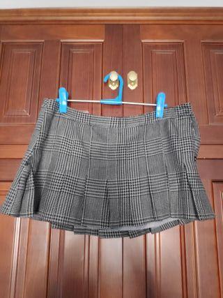 minifalda escocesa