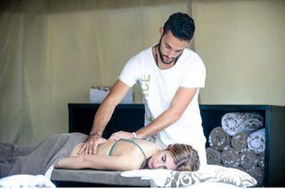 Terapeuta Profesional Masajes Tratamientos Reik