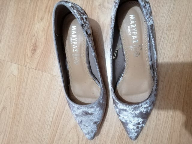 zapatos de terciopelo tacón bajo marypaz
