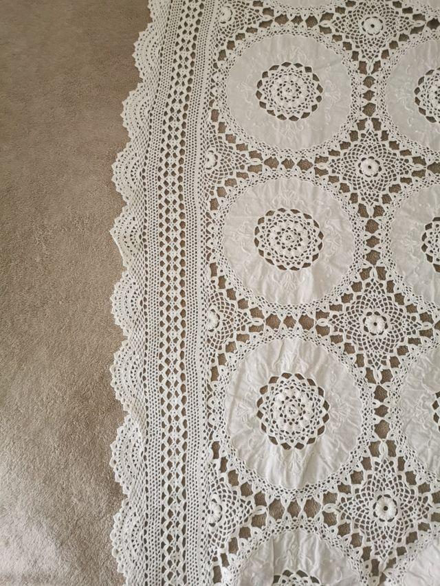 Mantel de algodón e hilo