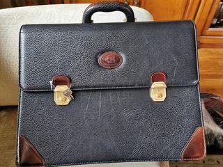 maletin ejecutivo negro