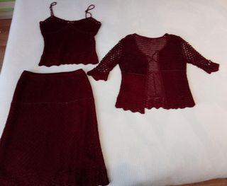 Conjunto 3 piezas : falda, niki y chaqueta