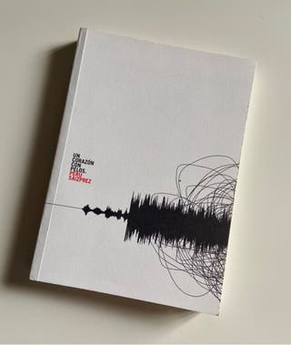 Libro de poesía 'Un corazón con pelos'
