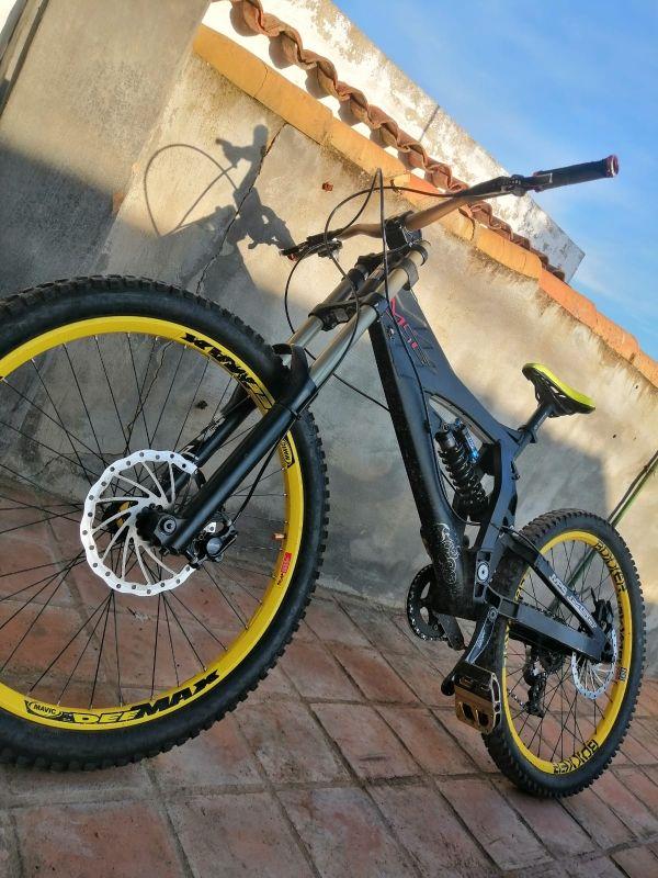 bicicleta de descenso MSC