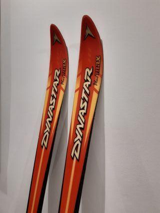 Esquís Dynastar con fijaciones salomon