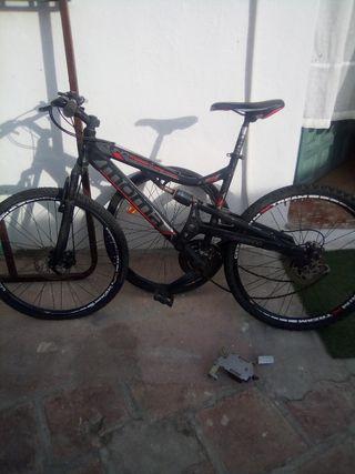 bicicleta moma de descenso