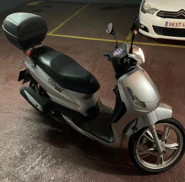 Scooter Peugeot Tweet 125cc