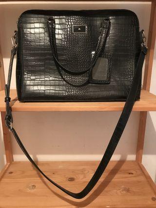 Maletín/ bolso negro de piel sintética