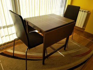 URGE mesa extensible con 2 sillas