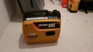 Generador de luz CAT INV2000