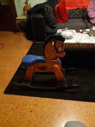 caballo balancín para niños