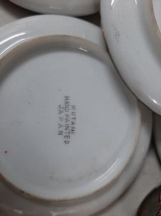 juego de tetera azucarera 5 tazas y 5 platos.