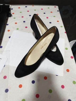 Zapatos negro de salón
