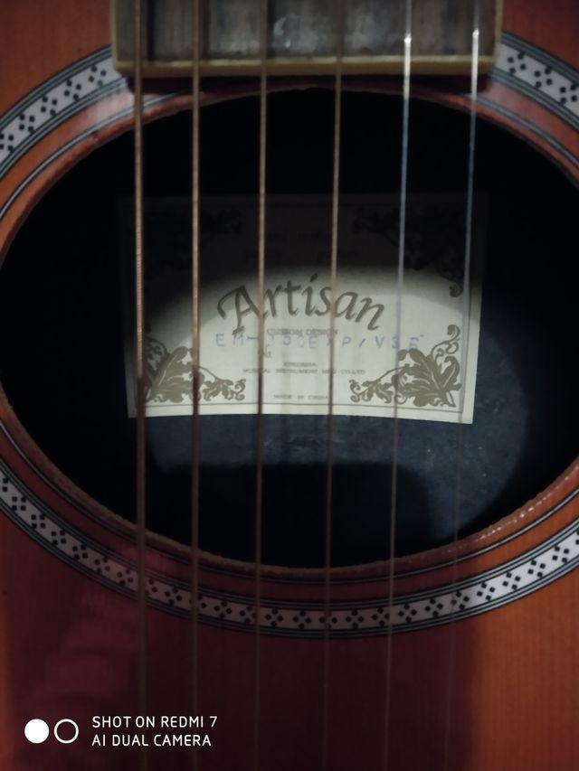 Guitarra electroacústica Artisan con cutaway