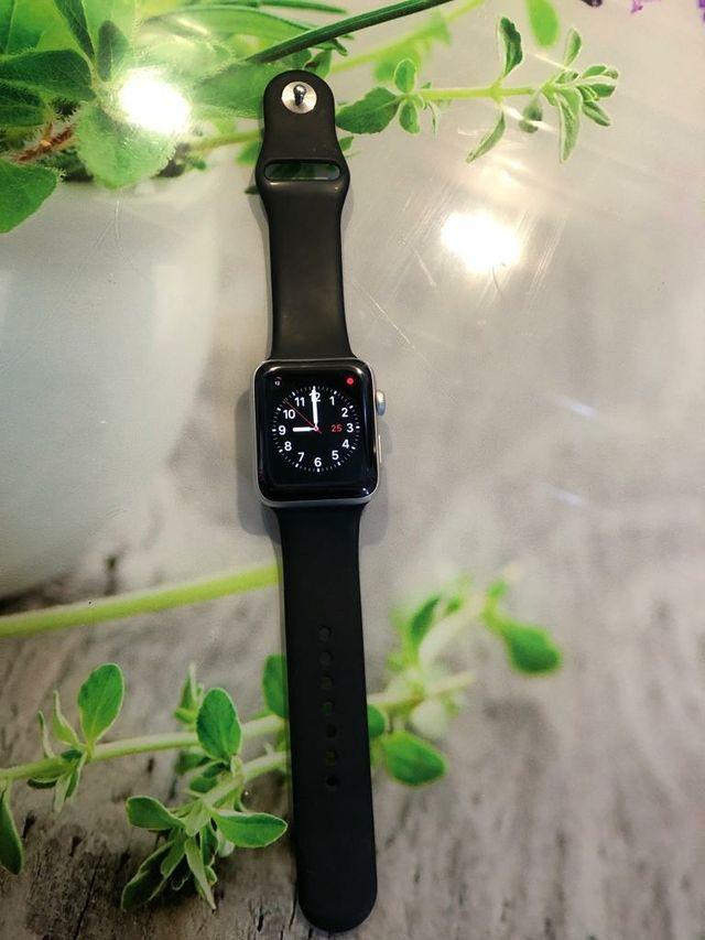 Apple Watch Series 3 Nike Edition - 42 mm