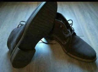 Zapatos Botín para hombre de piel preciosos.