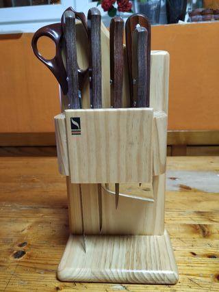 Juego de cuchillos Sáez Albacete