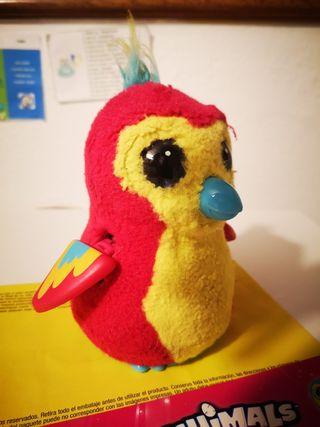 juguete hatchimal
