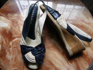 Sandalias 41 piel mujer beige y azul tacon comodo