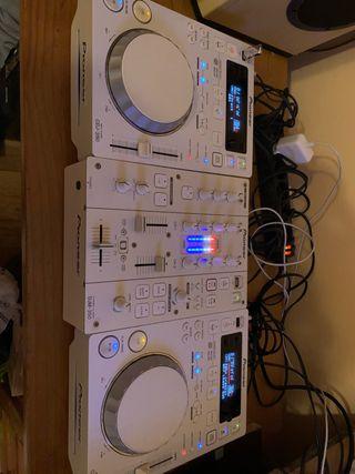 2x Pioneer cdj 350 w + Pioneer djm 350 w